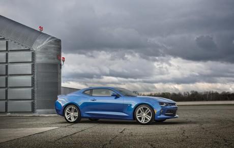 2016 Chevrolet Camaro təqdimatı baş tutdu