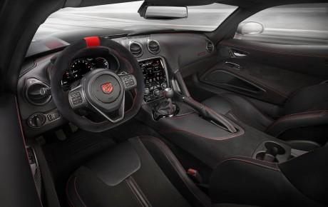 645 a.g. sahib 2016 Dodge Viper ACR modeli