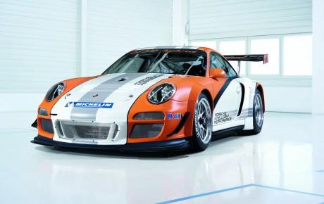 Porsche 911 artıq hibrid versiyada təklif edilə bilər