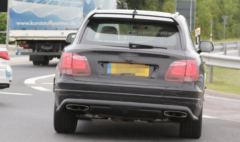 Bentley Bentayga Speed modelinin ilkin görüntüləri